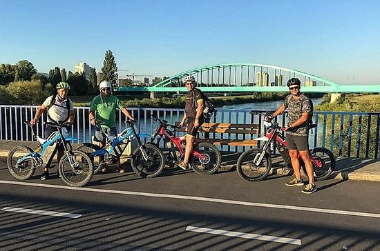 Bultaco Zagreb Experience: Zagreb on...