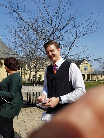 The Winery Restaurant at Peller Estates: A super waiter. Made our day.
