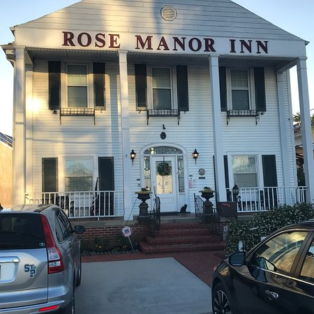 Rose Manor Bed and Breakfast: photo0.jpg