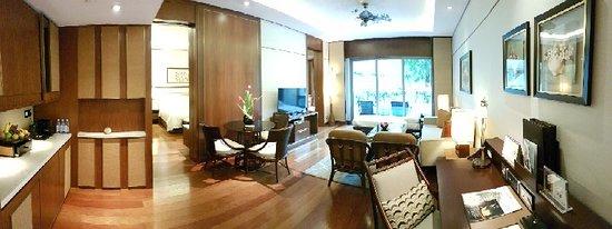 Shangri-La Hotel, Singapore: 20180501_134316_large.jpg