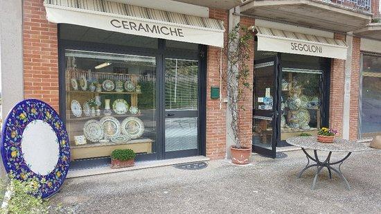 Deruta, Italie : Ceramiche Segoloni di Segoloni Valentina