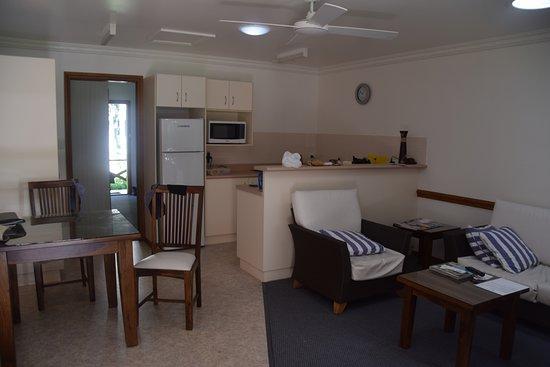 Lorhiti Apartments Photo