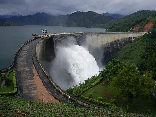 Kundasale, Sri Lanka: Victoria Dam, 1 hour drive.