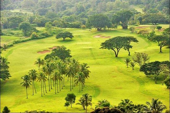 Kundasale, Sri Lanka: Victoria Golf Resort, 30 minute drive.