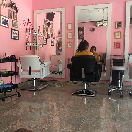 D'best Pink Salon