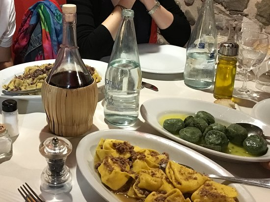 Nievole, إيطاليا: Gnudi - Pappardelle