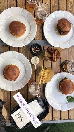 Jo´s Bar & Restaurant Photo