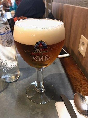 Brasserie Vivaldi: Leffe Beer