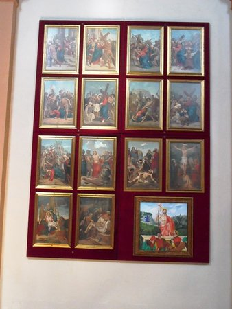 Pannelli della Via Crucis