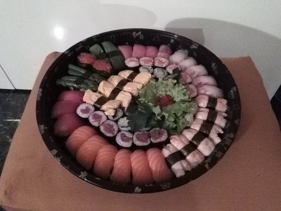 Mode Sushi: Sushi Gran Party take away