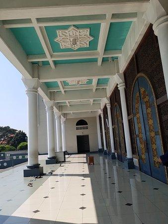 Masjid Nasional Al Akbar: 20180429_094545_large.jpg