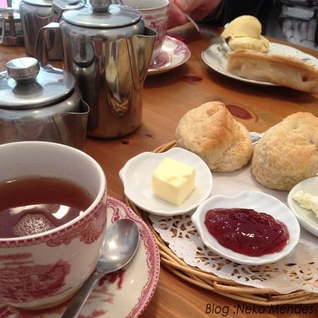 The Darjeeling Scones Tarte Aux Pommes Picture Of The English