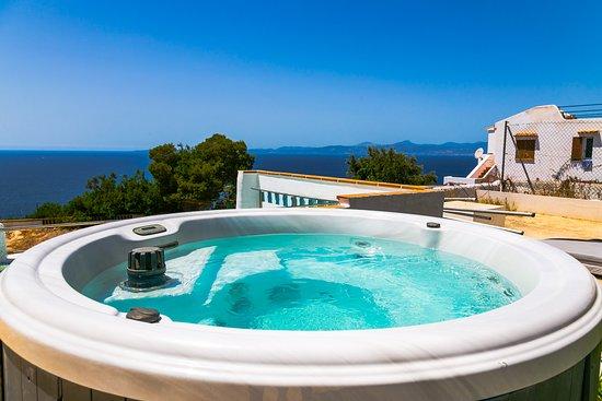 Yacuzzi O Jacuzzi.Yacuzzi Hot Water Nª 1areas Picture Of Bahia Beach Club
