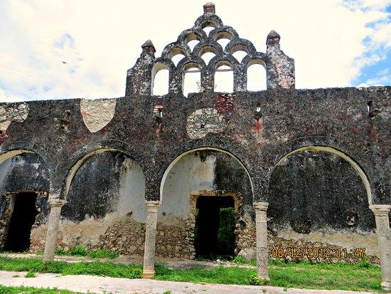 Cenotes Hacienda Mucuyche