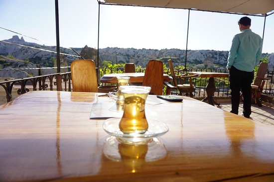 Koza Cave Hotel: Afternoon tea with a view