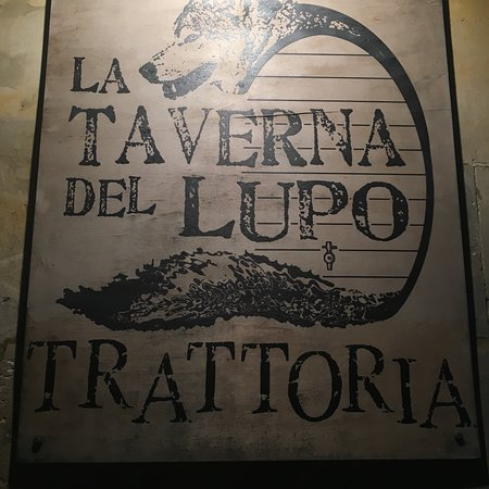 Ingresso Foto Di La Taverna Del Lupo Ragusa Tripadvisor