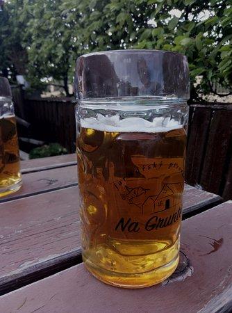 Vranov, Czech Republic: это местное пиво. можно попробовать на месте в баре