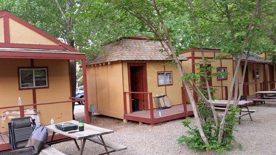 Slickrock Campground: cabin