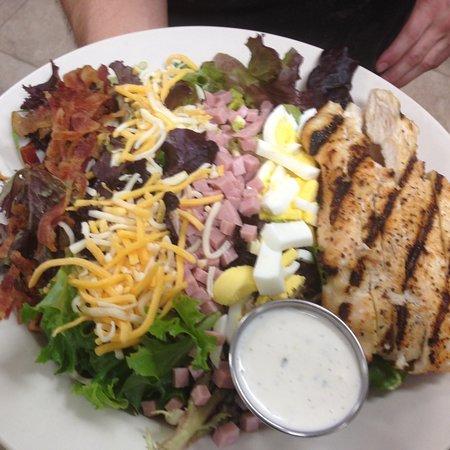 Piedmont, โอคลาโฮมา: Cobb Salad