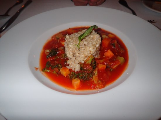 Casa Gangotena Restaurant: No idea what this was supposed to be; some kind of soup?