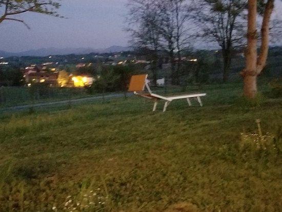 Rocca Grimalda, Italy: Silvana del Orba in distance