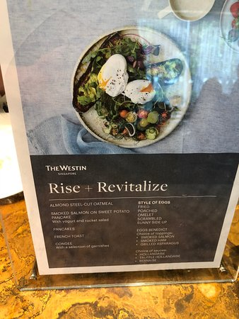 The Westin Singapore: Club Lounge - Serves Breakfast