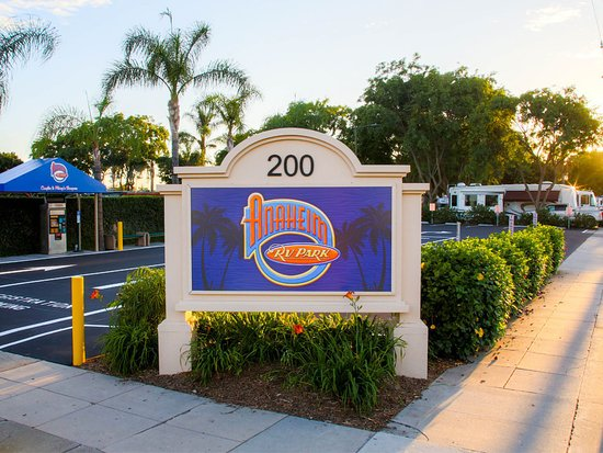 Best Rv Park Near Disneyland Review Of Anaheim Rv Park