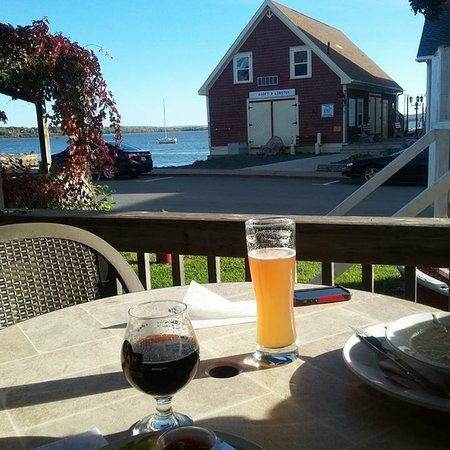 Pictou, Canada: Harbour house ales and spirits