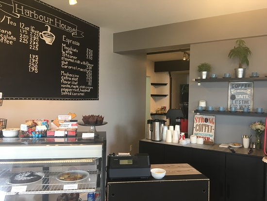 Pictou, Kanada: Visit our cafe, open early Daily, serving lattes, coffee, sweet treats and more