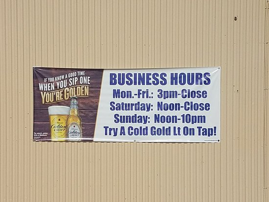 Perham, MN: Business Hours.