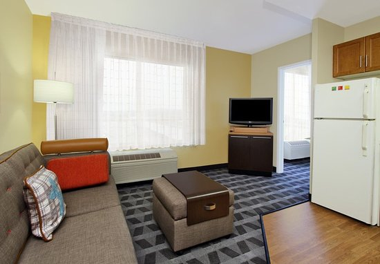 Cheap Hotel Rooms In Redwood City