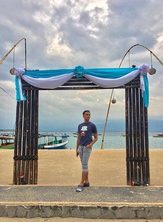 Gili Islands, Indonesia: action....