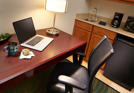 Hesperia, Californien: Guest room