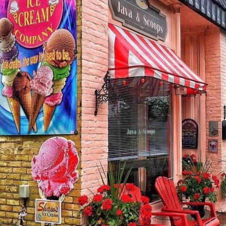 Forest, كندا: Karyn's Java & Scoops