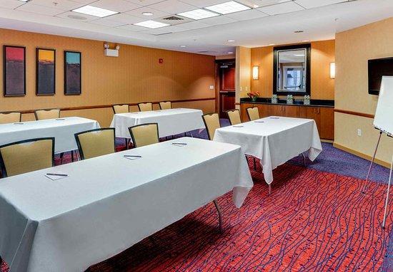 Auburn, ME: Meeting room