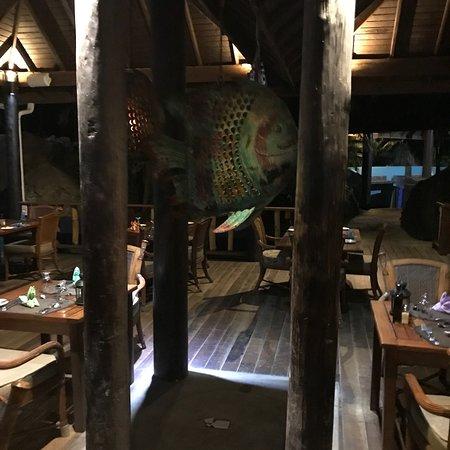 The Aquarium Restaurant: photo4.jpg