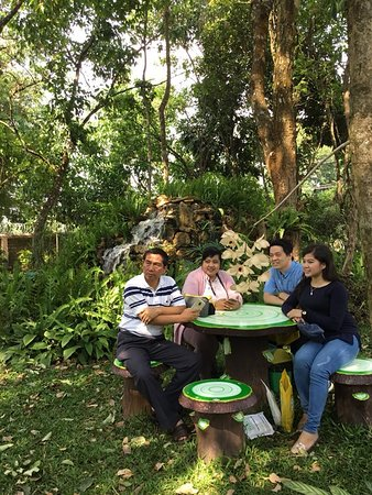 FAME Organic Pharming Project: Let's take a leisure time with your beloved ones in garden after the farm tour....