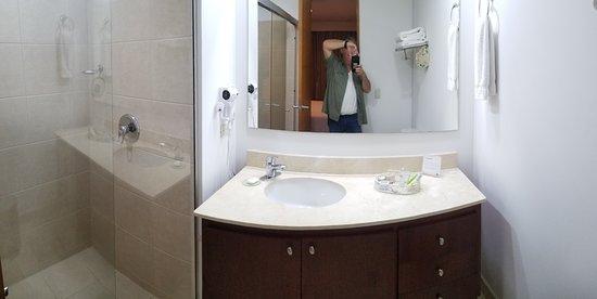 Affinity Apart Hotel : Bathroom 1