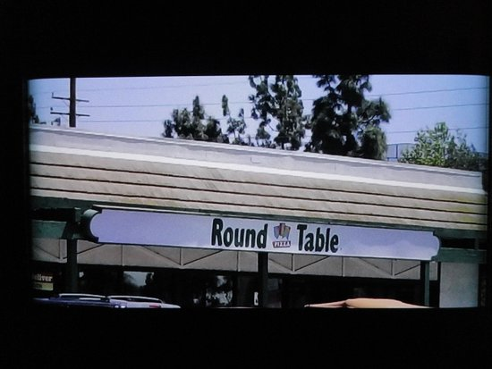 Round Table Pizza Fountain Valley 11095 Warner Ave