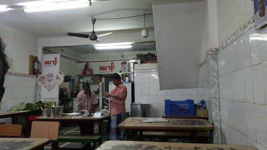 Sathyamangalam, Indien: Parcel service