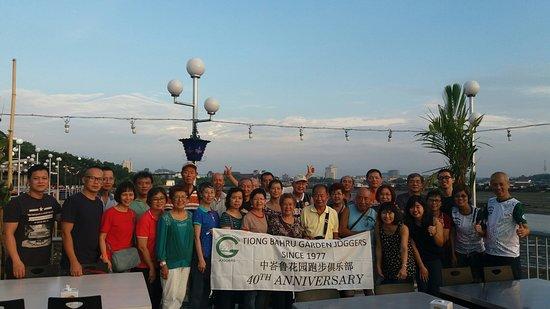 Batam Travel: Travelling in group