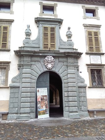 Chiavenna, إيطاليا: Ingresso principale