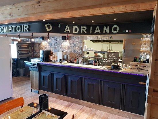 Le Comptoir D'Adriano: Le bar