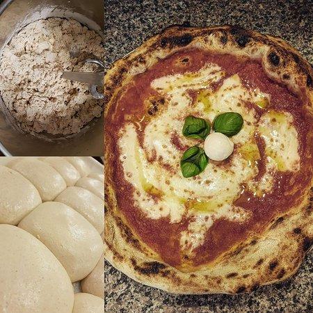 Priola, Italie : pizza