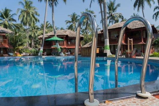 Pool - Picture of Coral Reef Resort, Havelock Island - Tripadvisor