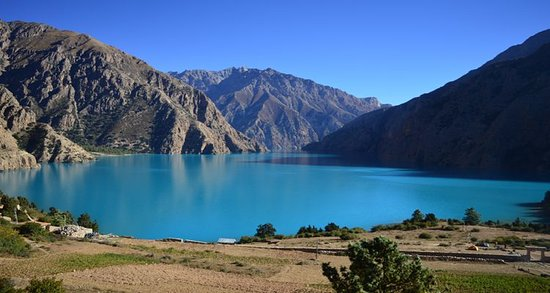 Dolpo, เนปาล: Phoksundo lake is beautiful place for those who loves nature and are seeking peaceful place.