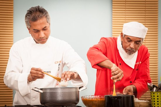 Chef Dhan Ali Ala Uddin Cooking Demonstration At The Home