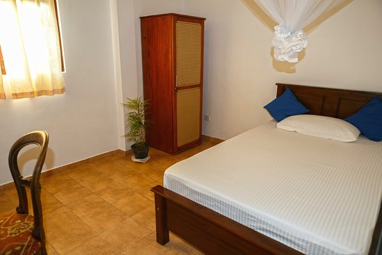 Single bedroom - Picture of White Star House, Kahawa ...