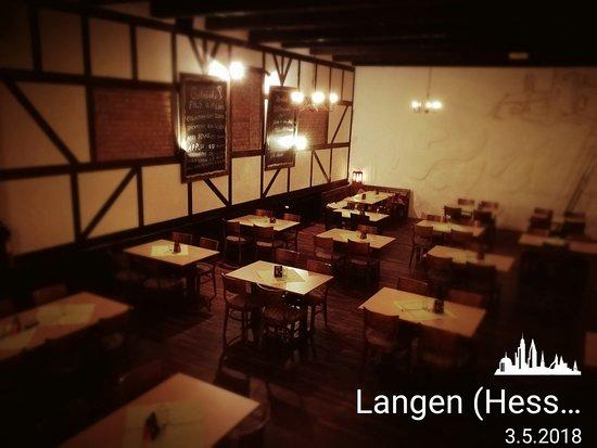 Langen, Deutschland: Unsere Bar ist Freitags und Samstags geöffnet