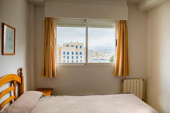 Apartamentos turisticos biarritz gandia 20 fotos compara o de pre os e avalia es - Apartamentos baratos gandia ...